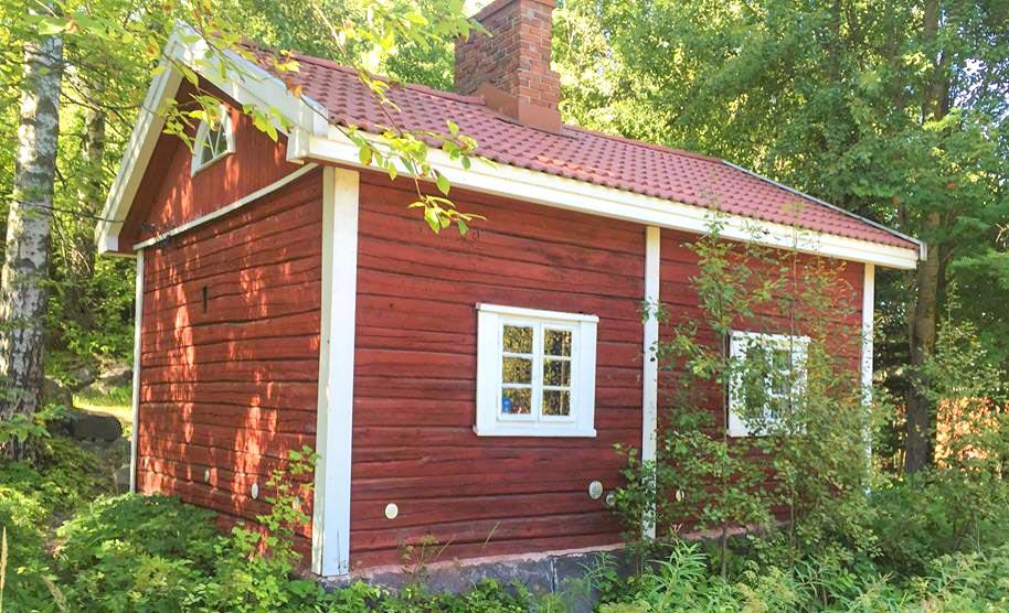 Survo Rentin alueelta löytyvä Perinnehirsi Sauna.
