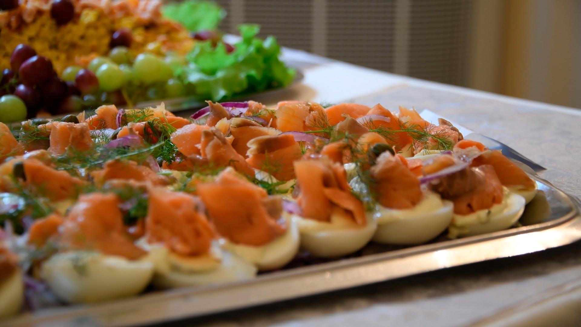 EKOLOGINEN TOIMINTATAPA: Pienennä hiilijalanjälkeäsi juhlissasi Party-Box Cateringillä